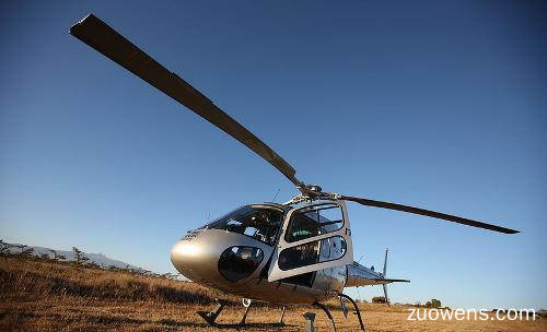 关于直升机的作文